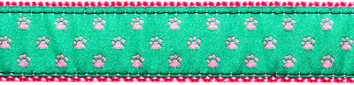086 Pink Paws on Green 1.25 .75